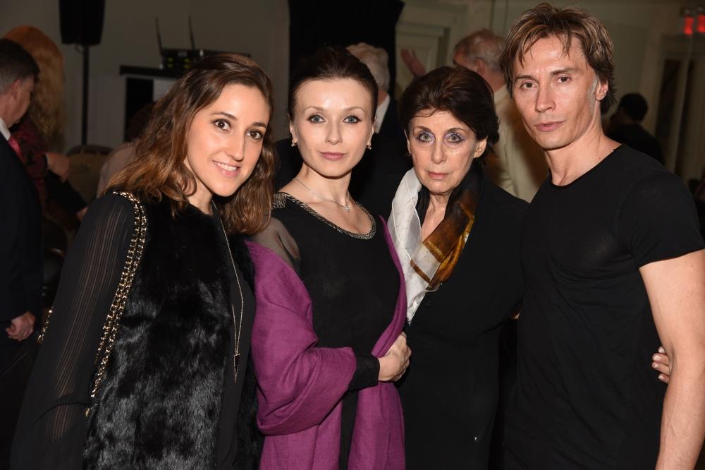 aw-26528-Melissa Barak,Irina Dvorovenko,Judith M. Hoffman,Maxim Beloserkovsky