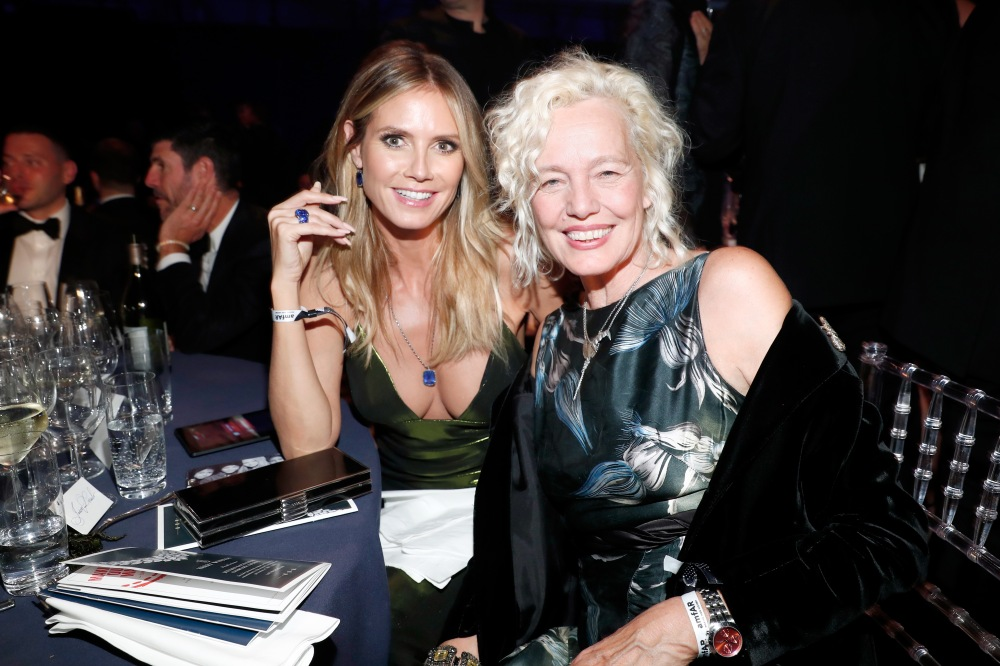 HOLLYWOOD, CA - OCTOBER 27: Model Heidi Klum (L) and photographer Ellen Von Unwerth attend amfAR's Inspiration Gala Los Angeles at Milk Studios on October 27, 2016 in Hollywood, California. (Photo by Rich Polk/Getty Images for Belvedere Vodka) *** Local Caption *** Heidi Klum;Ellen Von Unwerth