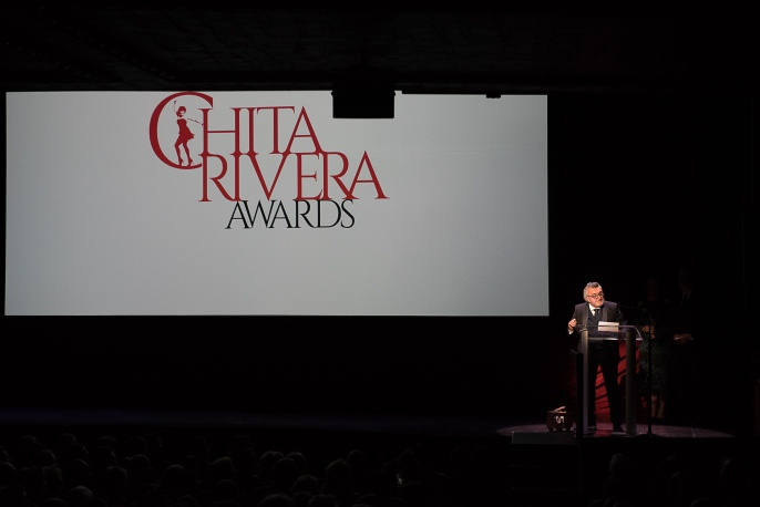 Antonio Vendome Receiving the Chita Rivera Award for Outstanding Contribution to the Arts and Humanities (2)