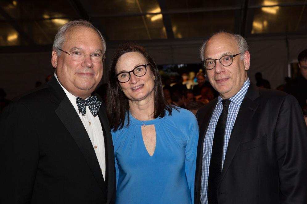 Hank Gutman, Regina Myer, Robert Levine