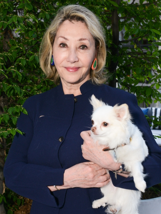 Susan Gutfreund, Lucky