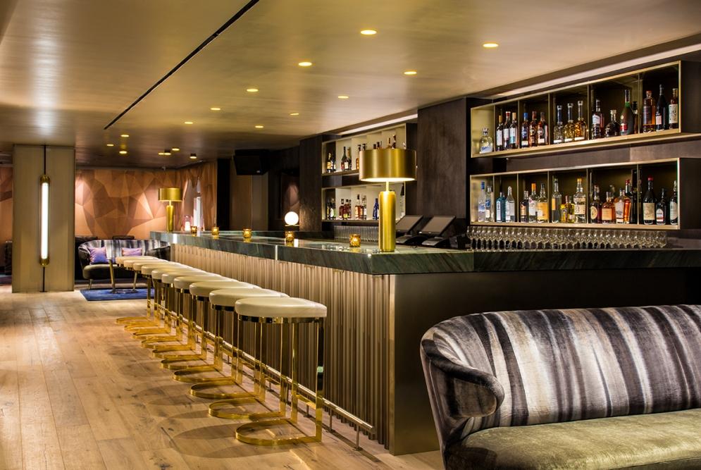 LeGrande Lounge